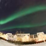 Norðurljósin alveg að dansa