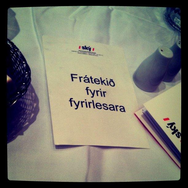 Ský - Frátekið fyrir fyrirlesara